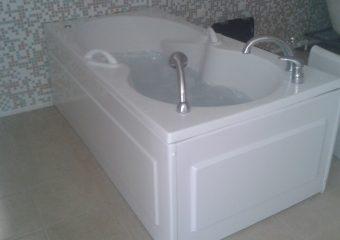 Хидромасажна вана на фирма Санотехник